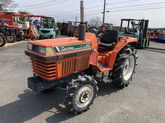 KUBOTA AGRICULTURAL TRACTOR L1-20D  FOR EXPORT